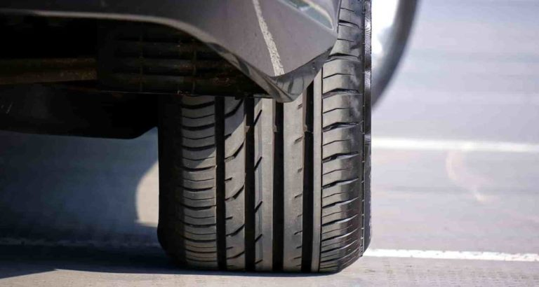 Tyres for cars and trucks